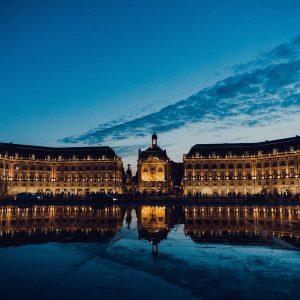 Aux alentours : Bordeaux - Place de la Bourse